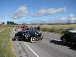 Cars lined up for the speed event at the Taupo National Model A Rally Easter 2009.JPG