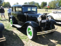 Richard Morse has recently completed this very nice 1931 Victoria at the Taupo National Model A Rally Easter 2009.JPG