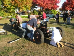 The Chassis building event was a crowd favourite at the Taupo National Model A Rally Easter 2009.JPG