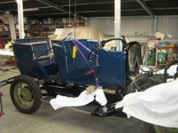 Gary Langstone Pheaton body fitted to the chassis May 2011.JPG