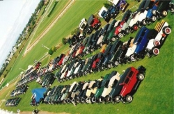 1993 Rally Overview od most of the 200 Model A's that attended the 1993 National Rally in Hamilton..jpg
