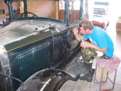 Pinstriping and signing Bruce & Collen Smith Bakers delivery Van.JPG