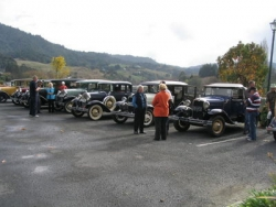 Some of the Cars who met at Ngaruawahaia for the Hamilton Zoo Run.2.jpg